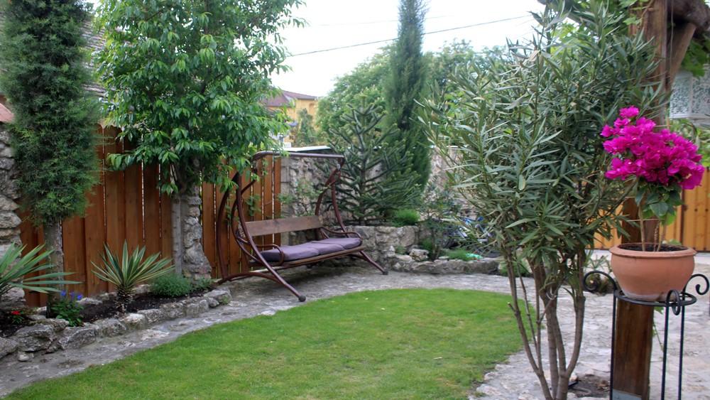Mediterrán kert Tapolcán
